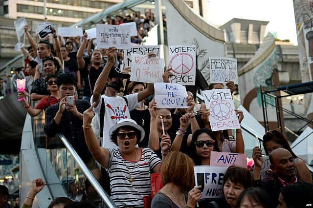thailand-anti-coup-protestors