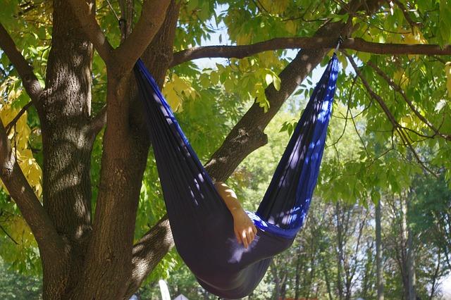 hammock-960320_640