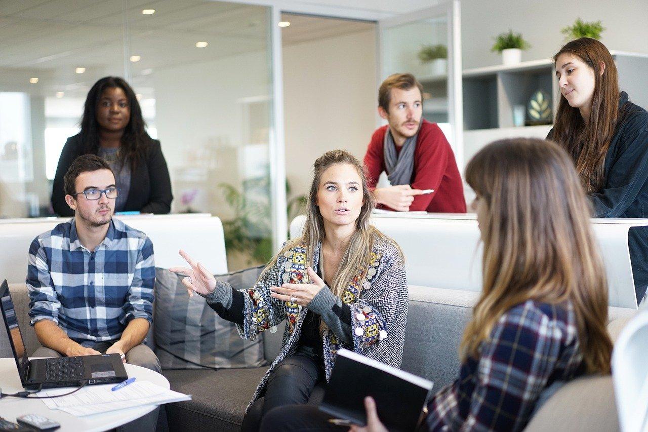 Side Hustle Tips for international teachers to supplement their salary